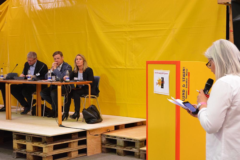 Ordstyrer Trine Saaby styrede panelet gennem debatten.