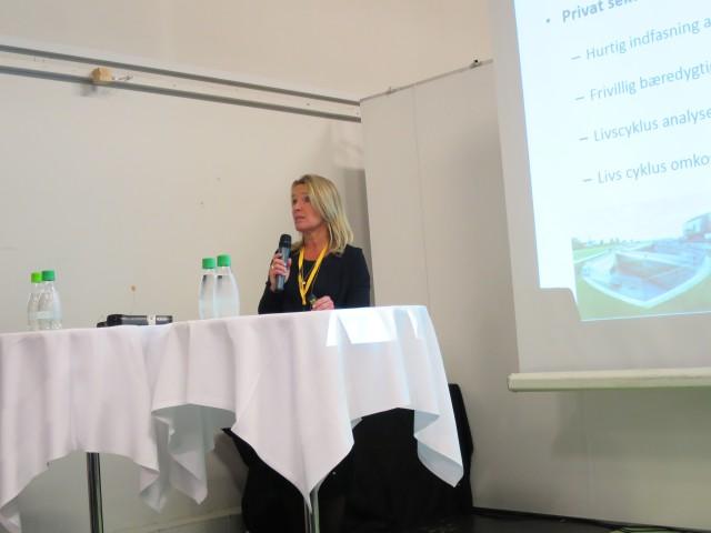 Lene Espersen, direktør i Danske Ark, kom med konkrete bud på hvordan vi fremadrettet skal sikre mere bæredygtighed.